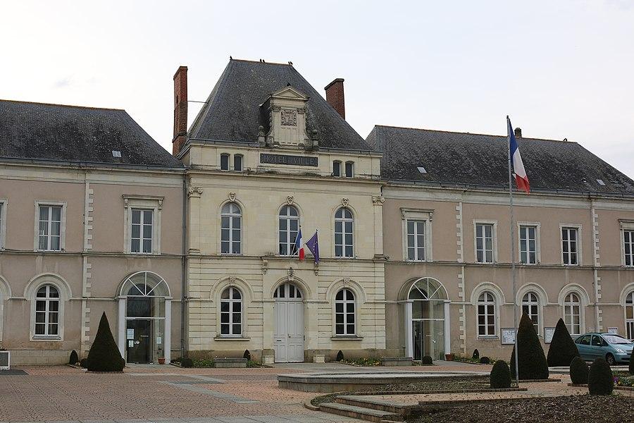 Hôtel de ville du Lion-d'Angers.