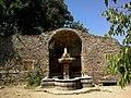 Le Thoronet Abbaye Jardin Fontaine - panoramio.jpg