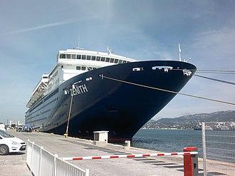 MV Zenith - Image: Le Zenith à quai,