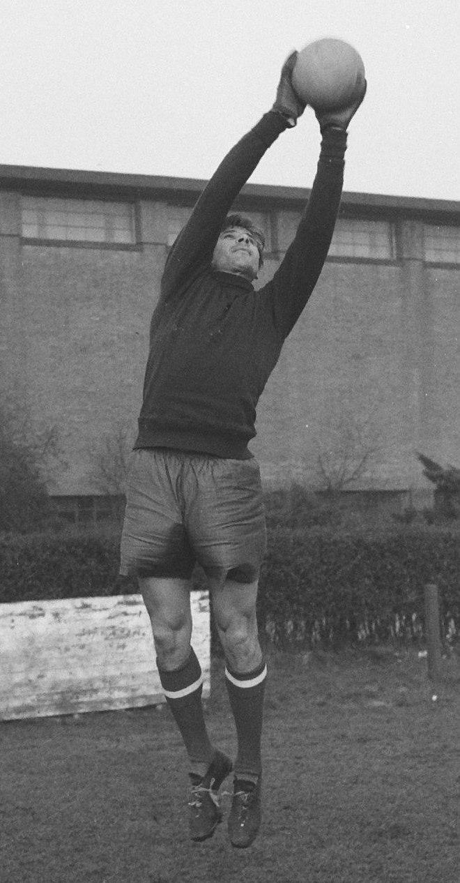 Lev Yashin 1960c
