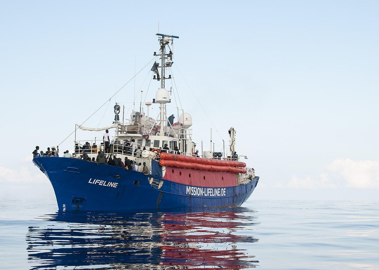 Lifeline mit geretteten Menschen an Bord (21. Juni 2018)