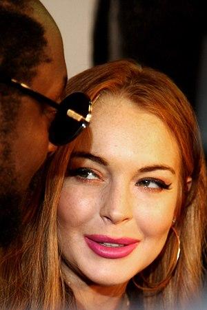 http://upload.wikimedia.org/wikipedia/commons/thumb/d/df/Lindsay_Lohan_2012.jpg/300px-Lindsay_Lohan_2012.jpg