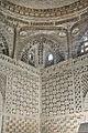 Lintérieur du mausolée des Samanides (Boukhara, Ouzbékistan) (5720024328).jpg