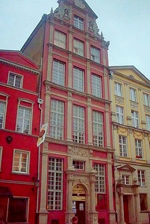 Long Market - Image: Lion's Castle in Gdańsk