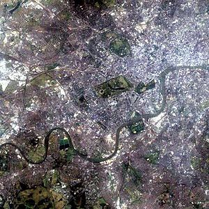London Plan - Development must not encroach on green spaces