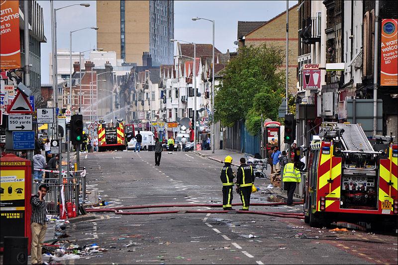 London Road, Croydon, riot damage 2