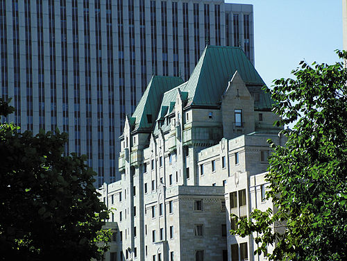 Lord Elgin Hotel Ottawa Parking