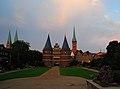 Lubecca, Holstentor - panoramio.jpg