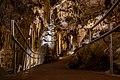 Luray Caverns (24552655788).jpg