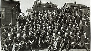 Red Guards (Finland) - Worker's Militia in the Turku suburb of Maaria during the general strike of May 1917.