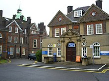 Main Entrance to Mount Vernon Hospital - geograph.org.uk - 1521949.jpg
