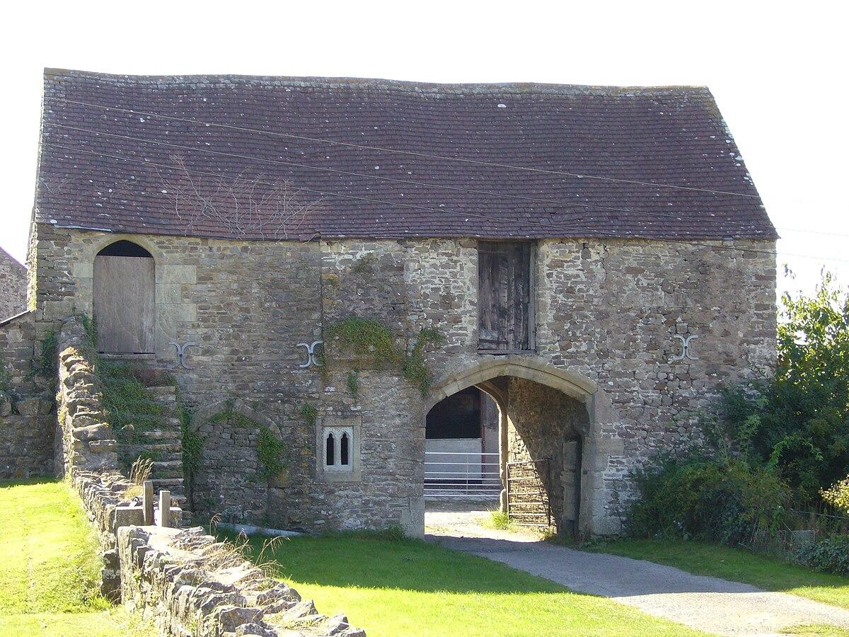 Manor Farmhouse Gatehouse Whatley Wikipedia