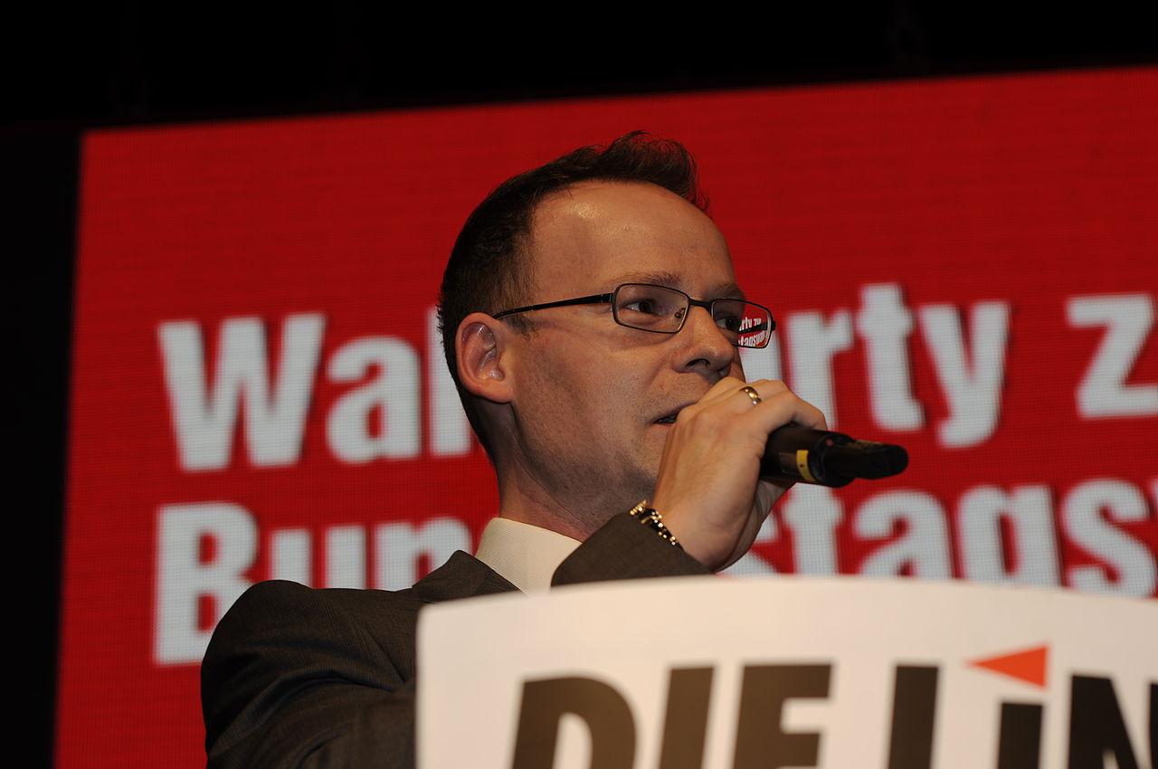 Matthias Höhn Die Linke Wahlparty 2013 (DerHexer) 03.jpg