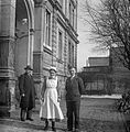 Men, nurse, gate, light Fortepan 20144.jpg