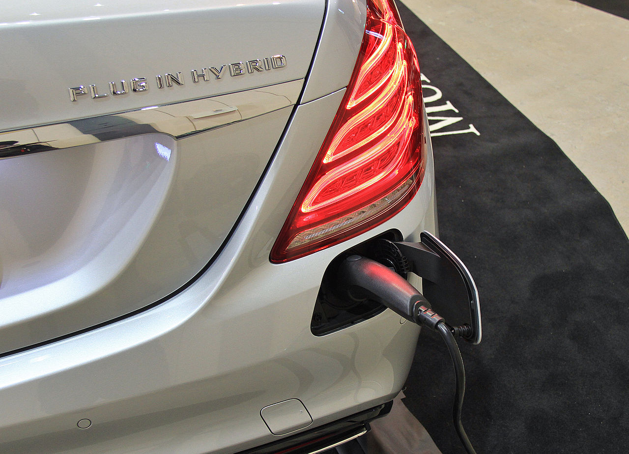 filemercedes benz s550 plug in hybrid long chargingjpg