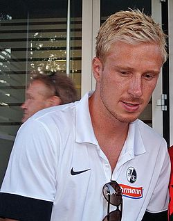Mike Hanke cropped.jpg