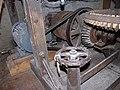Molen Holten's Molen maalderij, maalstoel electrisch aandrijfwerk (1).jpg