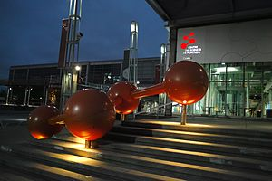 Montreal Science Centre - Image: Montreal Science Centre (night)
