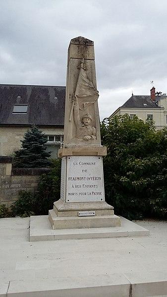 Monuments à la mémoire des morts des guerres de 1914-18 et de 1939-45 de Beaumont-en-Véron (Indre-et-Loire)