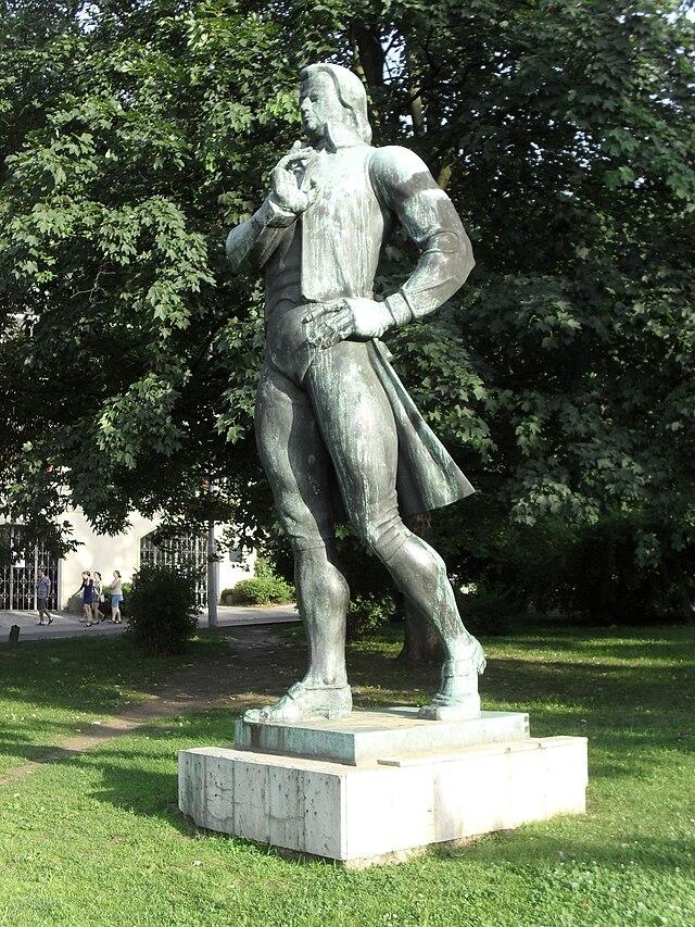 Памятник с крестом Шаболовская памятник из цветного гранита Гулькевичи