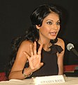 Ms Bipasha Basu addressing a press conference at Black Box, Kala Academy during the 37th International Film Festival (IFFI-2006) in Panaji, Goa on November 25, 2006.jpg