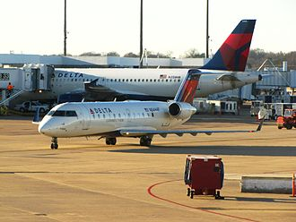 Memphis International Airport - Delta Air Lines CRJ-200 and A319 at Memphis International Airport