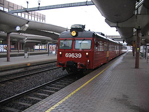 Drammen Line - NSB Class 69 local train units are used on the Drammen Line, here shown at Oslo S, the terminus of the line.