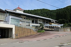 Nanto City Toga junior high school and elementary school.jpg