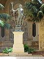 Neptun-Statue Großmeisterpalast Valletta 1.JPG