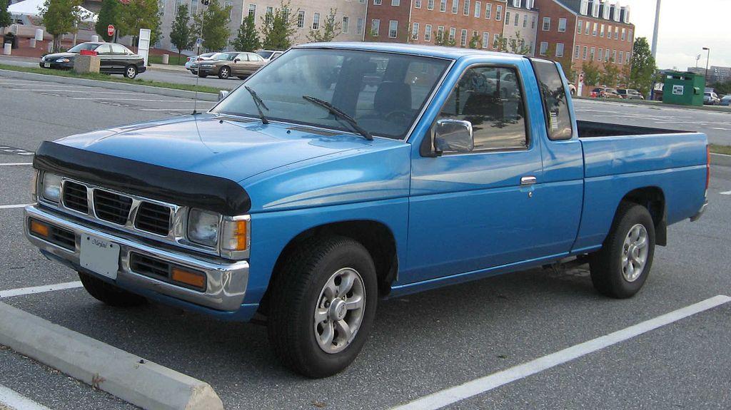 1024px-Nissan-Hardbody-extcab.jpg