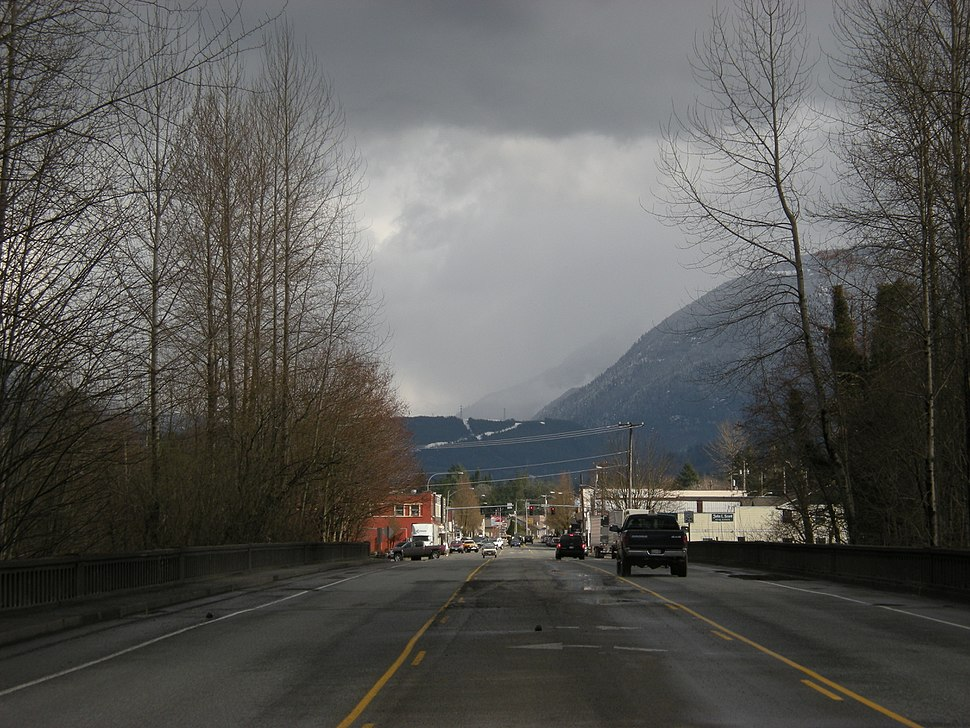North Bend, WA from the west