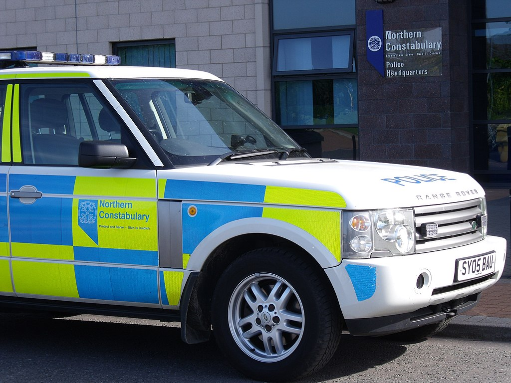 file northern constabulary range rover at police. Black Bedroom Furniture Sets. Home Design Ideas