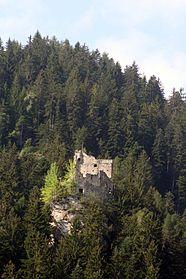 Burg Obertagstein oberhalb Thusis