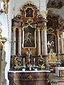 Offenstetten St. Vitus linker Seitenaltar.JPG
