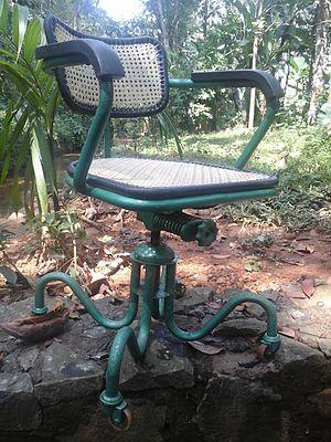 Swivel chair - An old swivel chair