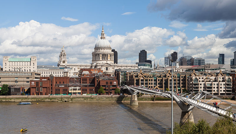 Orilla Norte del T%C3%A1mesis desde Tate Modern, Londres, Inglaterra, 2014-08-11, DD 123.JPG