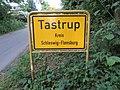 Ortsschild von Tastrup, 2014, Bild 02.jpg