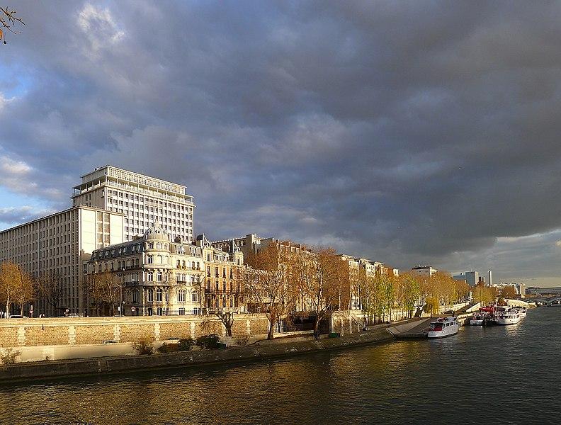 Fichier:P1070071 Paris IV port et quai Henri IV rwk.JPG