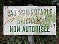 Panneau Eau non potable Parc Hôtel Ville Fontenay Bois 2.jpg