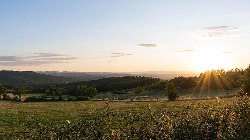 Panorama depuis Le Pin et Aubagnat (Frugières-le-Pin).jpg