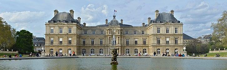 726px-Paris_Palais_du_Luxembourg_fa%C3%A