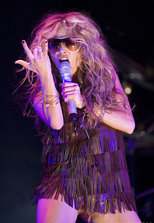 Paulina Rubio. Performing a live concert in th...