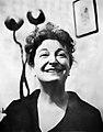 Pauline Kael (1968).jpg