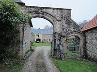 Pavillon de Grenneville - Portes charretières.JPG