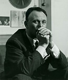 Philippe Roberts-Jones portrait 196712 - cropped.jpg