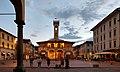 Piazza Cavour e Palazzo d'Arnolfo (San Giovanni Valdarno).jpg
