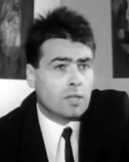 Pierre Bourdieu 1969 (cropped).tif