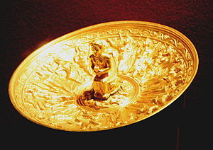 Pietroasele Treasure - The gold patera