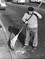 PikiWiki Israel 66976 street sweeper.jpg