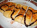 Pizza with balsamic glaze (1126124095).jpg